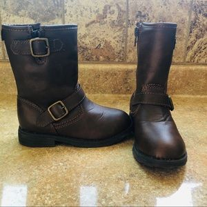 !Carters Dark Brown Toddler boots♥️